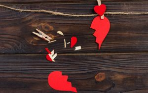 É possível perdoar uma traição amorosa, mas ela pode deixar marcas, sobretudo na autoestima de quem foi traído