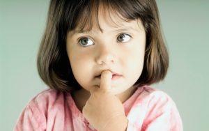 Gaguejar aos 3 anos: porque acontece e como ajudar a superá-la