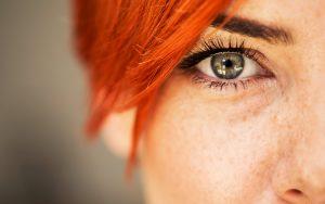A sensação de olho a tremer é algo comum e, como regra, não constitui razão para alarme