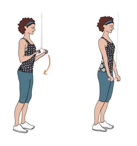 exercícios para fortalecer o músculo do adeus: Puxada de tricípite com corda