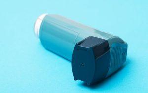 Causas, sintomas e como controlar a asma