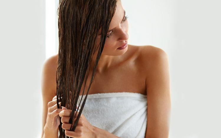 cabelo oleoso: o que fazer