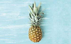 o ananás é um dos alimentos que pode estar na origem das aftas