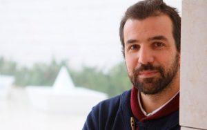 Gustavo Carona, médico especialista em Anestesiologia e Cuidados Intensivos